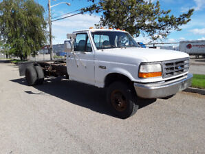 1996 FORD F350, CAB AND CHASSIS.