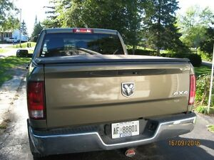 tri-fold tonneau cover for ram 1500 5FT. 7In Kawartha Lakes Peterborough Area image 2