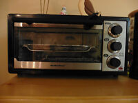 Toaster Oven !!  check all my ad's - moving. over 100 items ++