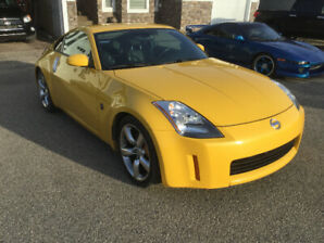 MINT 2005 Nissan 350Z 35th Anniversary Edition in rare Yellow