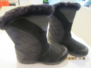 NEW Columbia winter boots