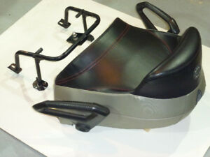 2 UP SEAT WITH BRACKET