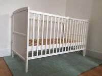Cot / Cotbed / toddler bed