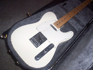 SOLD PPU---ARTIC WHITE FENDER MIM TELECASTER +HARDSHELL CASE
