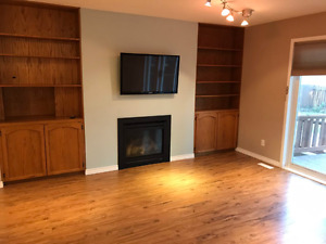 Rooms available (Upstairs, East Regina)