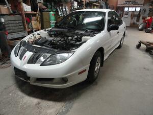'04 Pontiac Sunfire for parts