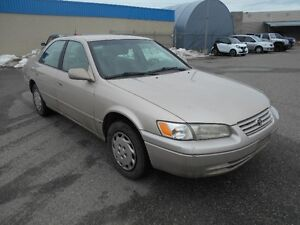 1999 Toyota Camry Auto Runs Great 161000MIL
