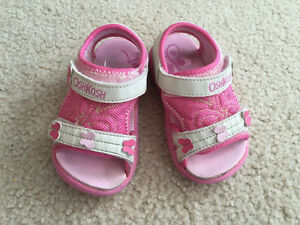 Pink oshkosh sandal toddler size 6