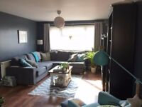 Double Room for Rent in Reigate Available 1st December
