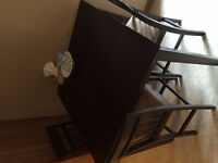 Tall pub style table and chairs for sale! Like new !
