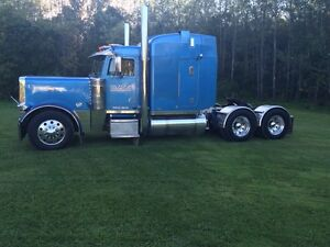 2001 Peterbilt 379 for sale (Open to Offers )