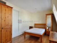 1 bedroom flat in Lower Road, Surrey Quays SE16