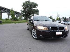 2011 BMW 323I- LOW KM-LADY DRIVEN