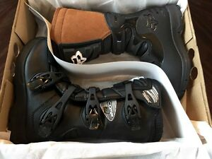 FOX Youth Comp 3 Motocross Boots Size 5
