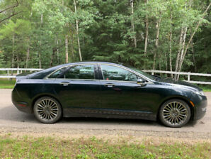2014 Beautiful Lincoln MKZ TECHNOLOGY Package