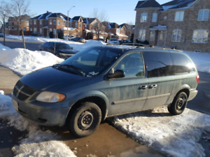 2006 Grand Caravan -stow and go