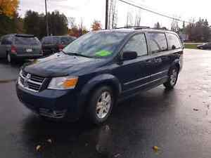 2008 dodge caravan dvd loaded  certified etested  Belleville Belleville Area image 1