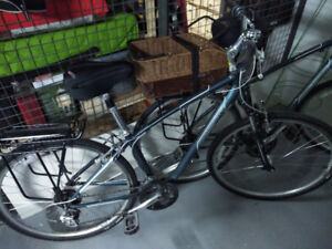 Pair of GIANT bikes for sale...