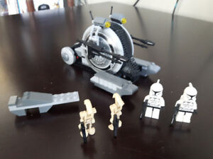 Star Wars Lego set #7748 - Corporate Alliance Tank Droid.