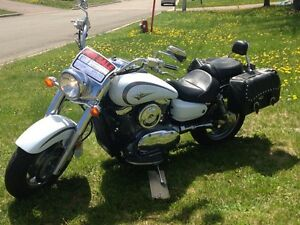 2004 Kawasaki Vulcan 1600cc great condition