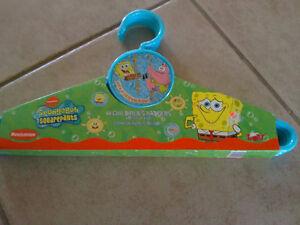 Pack of 4 spongebob squarepants kid's clothes hangers