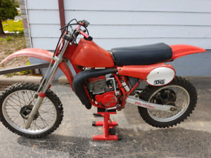 1981 CR 450R