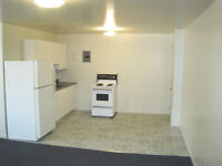 2 Bedroom Apt. $925. util. incl. available NOW