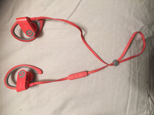 Selling PowerBeats 2 Wireless in Mint Conditions for only 60$