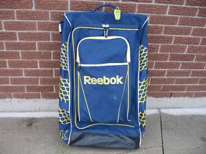 REEBOK HOCKEY LOCKER BAG ON WHEELS
