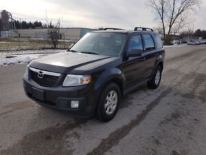 2011 Mazda Tribute GX  ONE OWNER / NO ACCIDENTS / CERTFIED