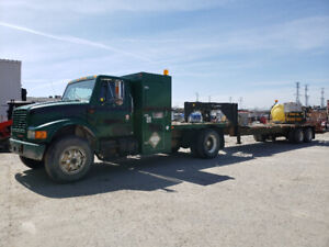 1992 International Truck & Trailer