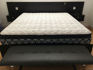 Near new King Pillowtop, Memory Foam, Gel Mattress and Base