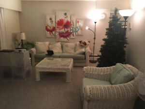 Great deal! 1000 dollar view 1 bdr with balcony in 2 bdr apt