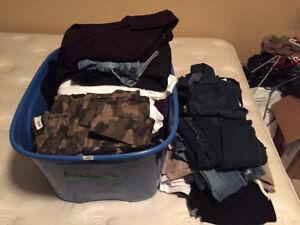 Bacs de vêtements pour femme