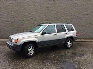 1995 Jeep Grand Cherokee SUV, Crossover straight 6
