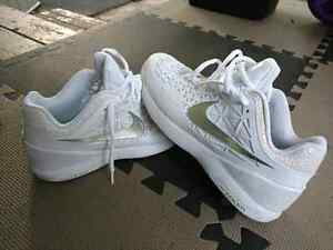 ** new nike zoom air tennis shoes wimbledon edition**
