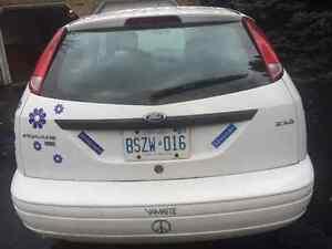 2005 Ford Focus Hatchback Kitchener / Waterloo Kitchener Area image 2