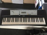 Yamaha YPT200 Electric Keyboard