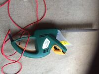 In excellent condition hedge trimmer £30
