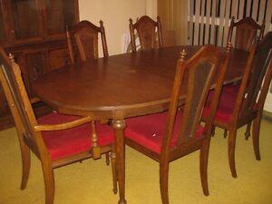 DINING ROOM SUITE - VERY SOLID Belleville Belleville Area image 6