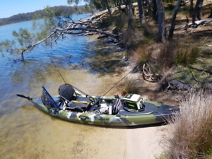 3.9m fishing kayak used 3 times... i have too small of car.