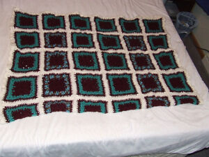 Beautiful Hand Crocheted Afghan #3 - Maroon & Teal - $40.00 Belleville Belleville Area image 3