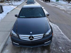 2011 Mercedes-Benz C-Class Sedan AWD **PRICE REDUCED**