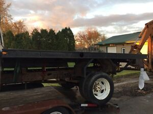 Flat bed for truck