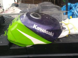 Kawi tank