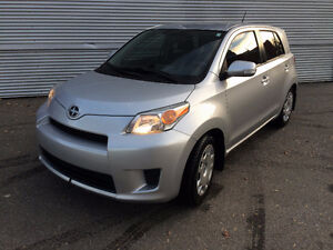 2012 Scion xD Hatchback - small car, big ride!