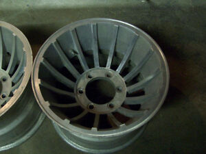 WANTED 4 6LUG WHEELS TO FIT CHEVY OR TOYOTA..TO FIT 15INCH TIRE