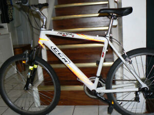 EXTRA LARGE HYBRID Bike- FRONT SHOCKS -Upto 6 Feet 4 In