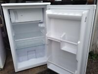 Undercounter fridge freezer.Delivery Offered