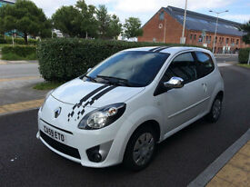 Renault Twingo 1.2 Extreme - 3 Dr Hatchback - ONE OWNER - Low Miles - 2009 (59)